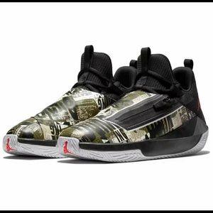 Jordan jump man hustle basketball shoes